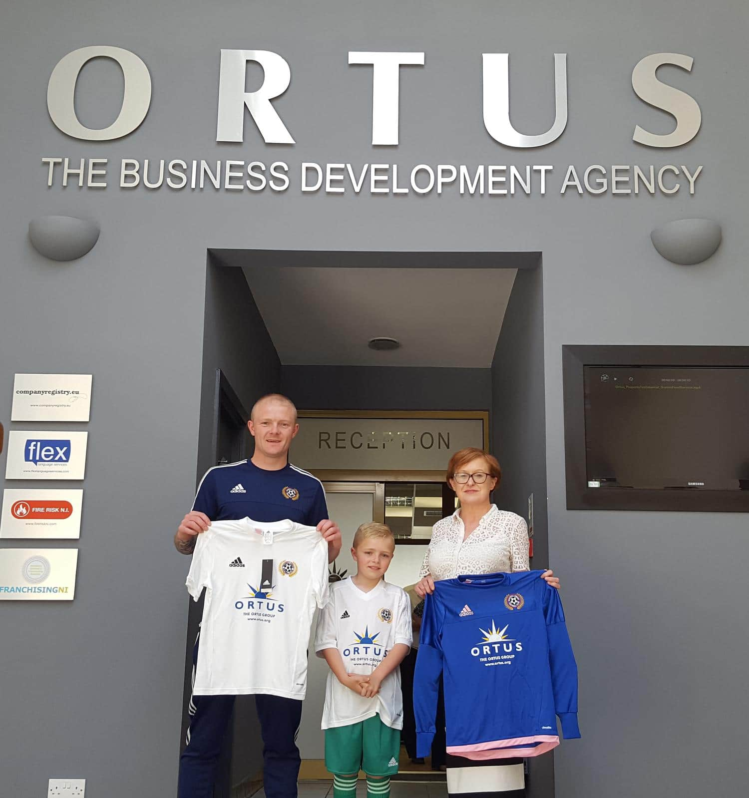 Shankill Juniors receive funding from Ortus